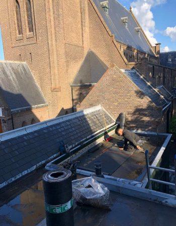 aanleg-bitumen-dak-kerk-honselersdijk